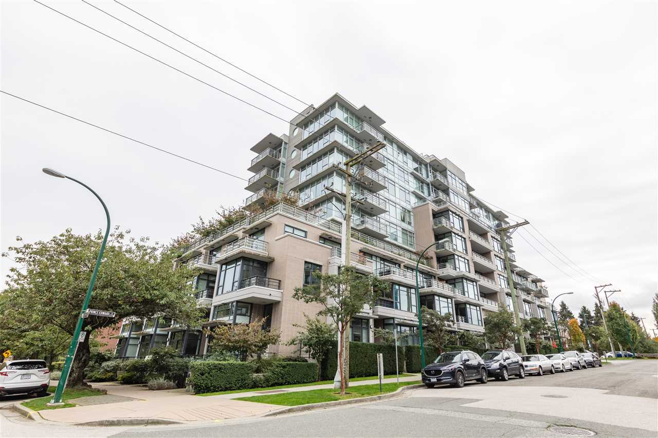 702 2788 PRINCE EDWARD STREET - Mount Pleasant VE Apartment/Condo for sale, 2 Bedrooms (R2509193) - #1