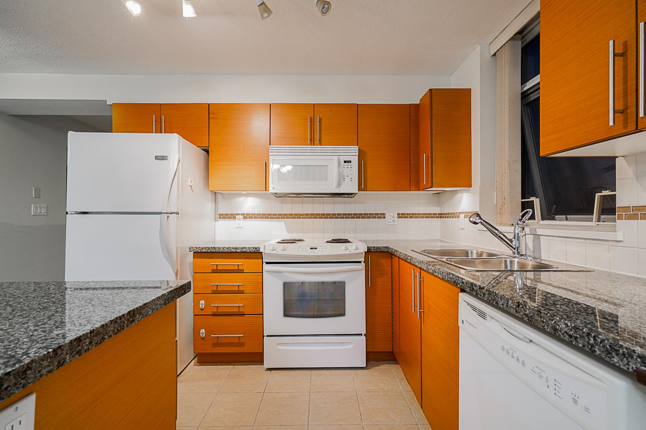 411 2225 HOLDOM AVENUE - Central BN Townhouse for sale, 2 Bedrooms (R2509341) - #13
