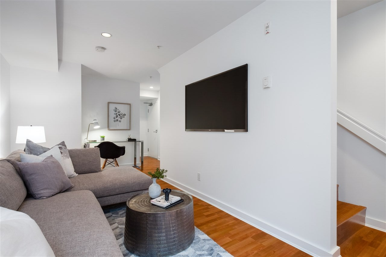 686 W 16TH AVENUE - Cambie Townhouse for sale, 2 Bedrooms (R2509562) - #23