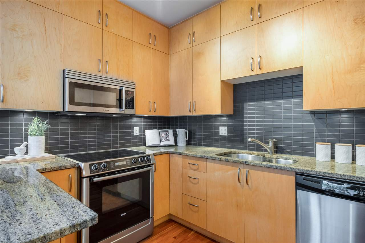 686 W 16TH AVENUE - Cambie Townhouse for sale, 2 Bedrooms (R2509562) - #8