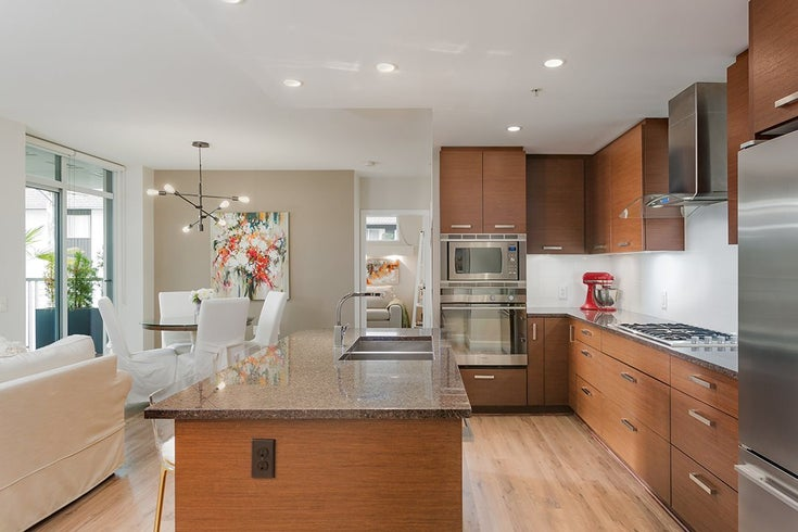 405 210 W 13TH STREET - Central Lonsdale Apartment/Condo for sale, 2 Bedrooms (R2509645)