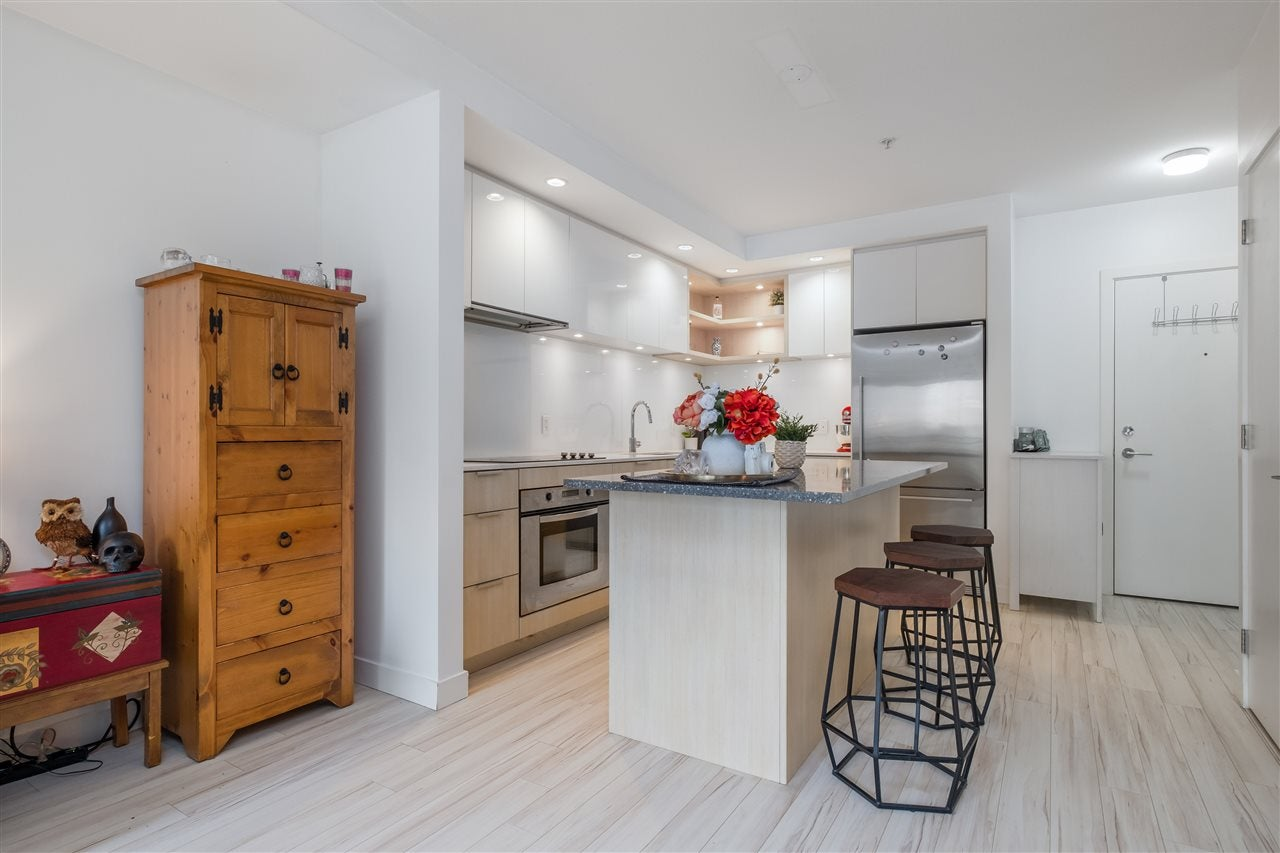 205 111 E 3RD STREET - Lower Lonsdale Apartment/Condo for sale, 1 Bedroom (R2510116) - #11