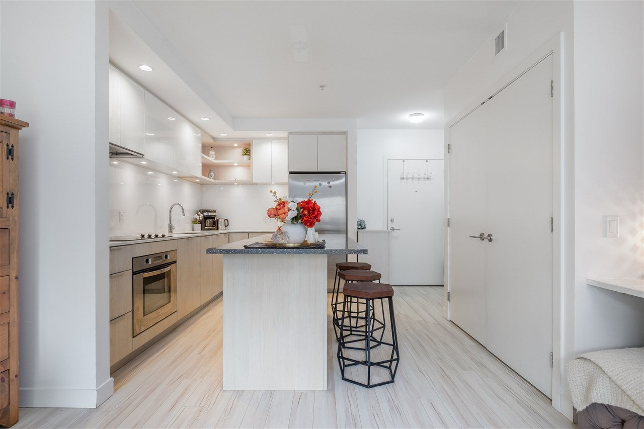 205 111 E 3RD STREET - Lower Lonsdale Apartment/Condo for sale, 1 Bedroom (R2510116) - #17