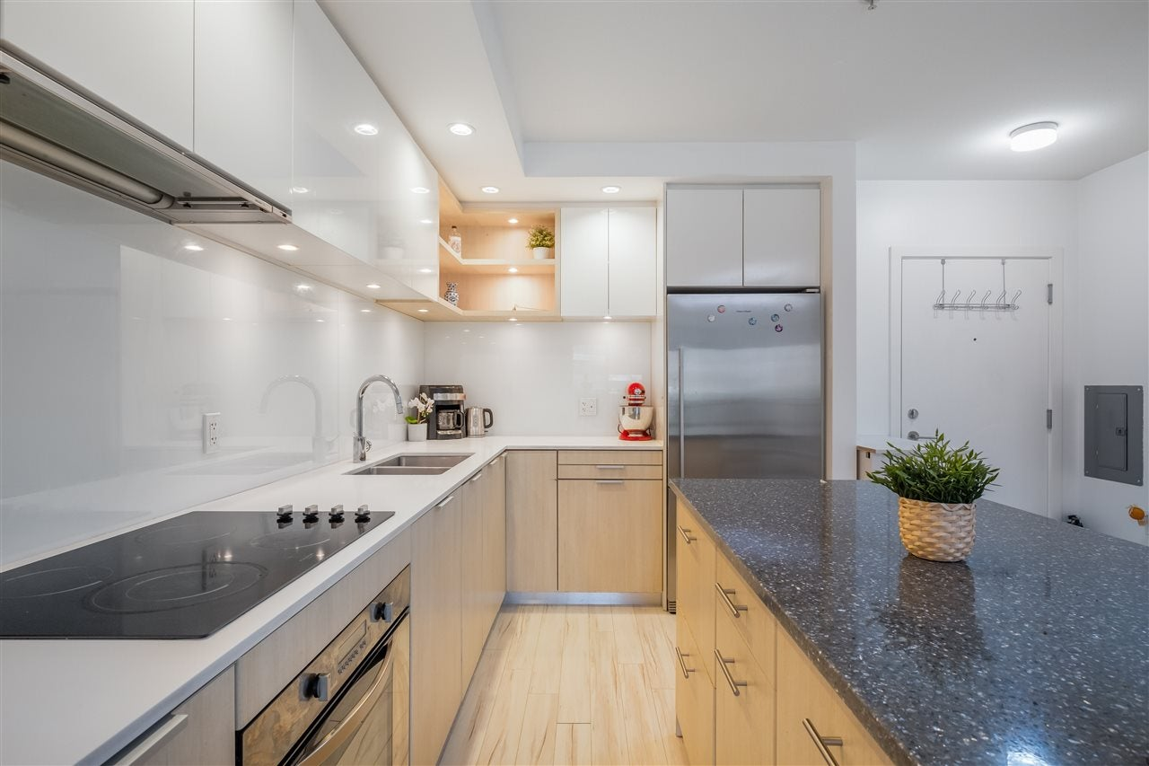 205 111 E 3RD STREET - Lower Lonsdale Apartment/Condo for sale, 1 Bedroom (R2510116) - #2