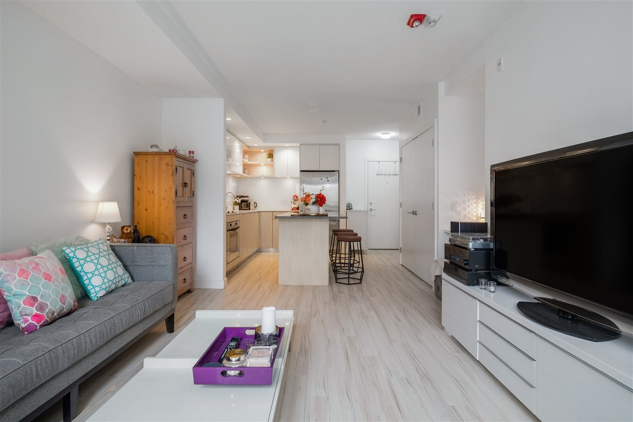 205 111 E 3RD STREET - Lower Lonsdale Apartment/Condo for sale, 1 Bedroom (R2510116) - #4