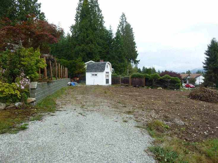 6157 FAIRWAY AVENUE - Sechelt District  for sale(R2510136)