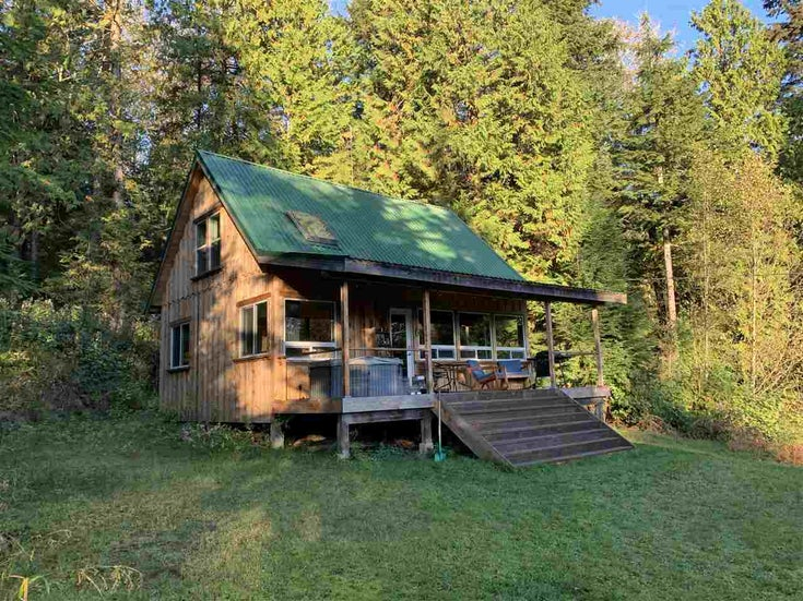 815 THE GROVE ROAD - Gambier Island House with Acreage for sale, 3 Bedrooms (R2510782)