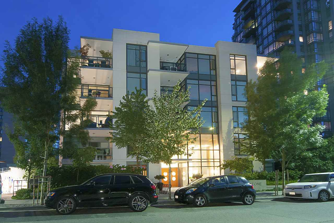 412 135 W 2ND STREET - Lower Lonsdale Apartment/Condo for sale, 1 Bedroom (R2510812) - #2