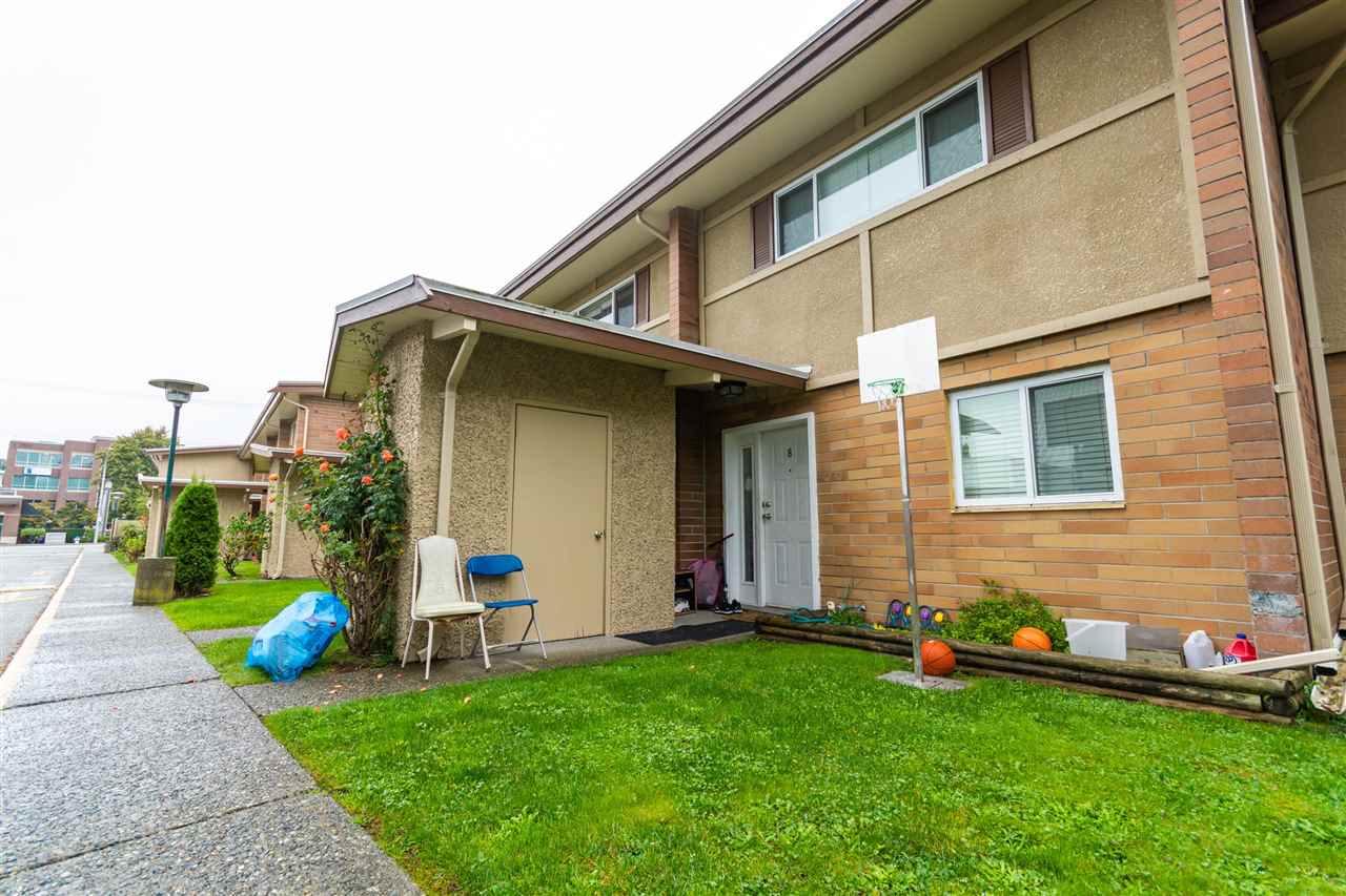 8 2048 MCCALLUM ROAD - Central Abbotsford Townhouse for sale, 2 Bedrooms (R2510820)