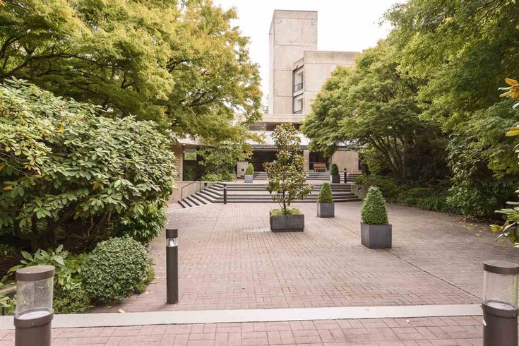 301 4900 CARTIER STREET - Shaughnessy Apartment/Condo for sale, 1 Bedroom (R2511111)