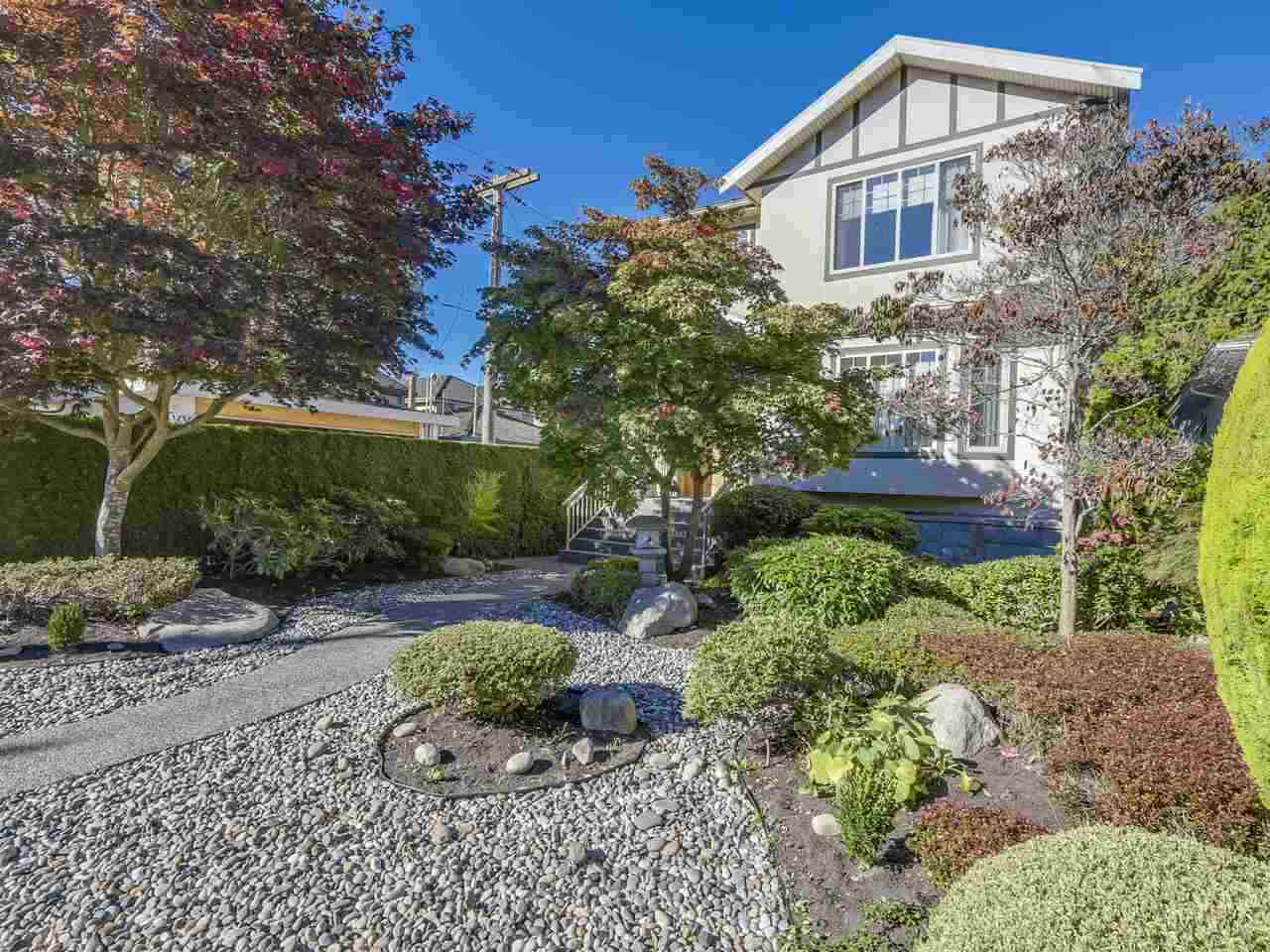 6051 LARCH STREET - Kerrisdale House/Single Family for sale, 5 Bedrooms (R2511176)