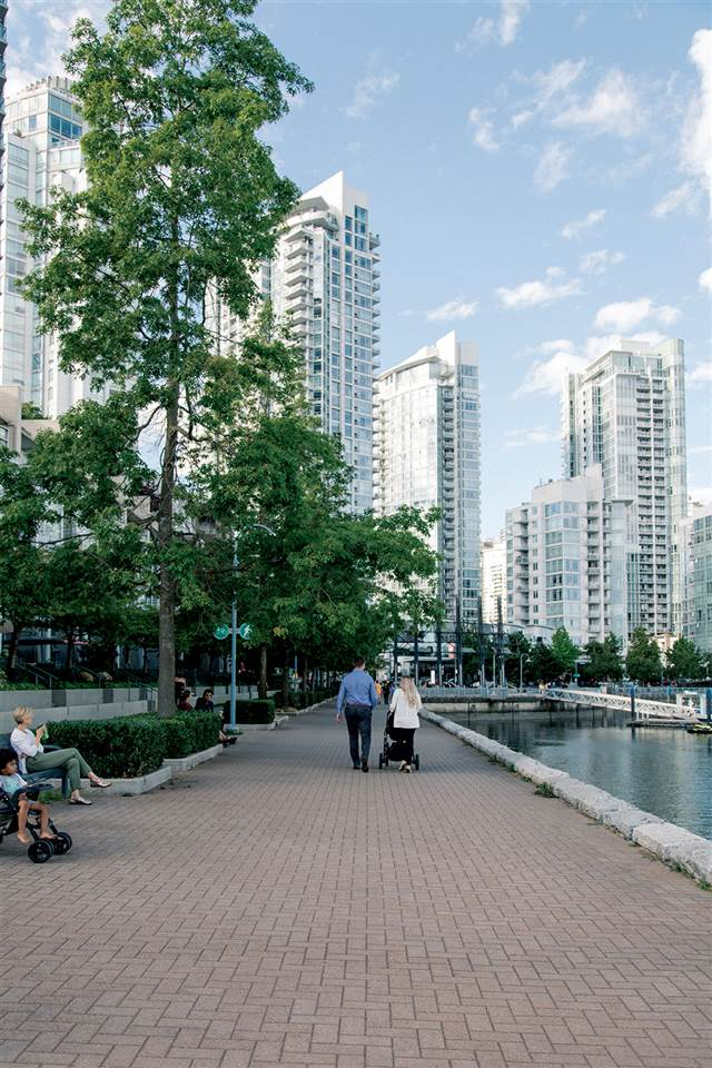 1206 889 PACIFIC STREET - Downtown VW Apartment/Condo for sale, 2 Bedrooms (R2511812) - #21