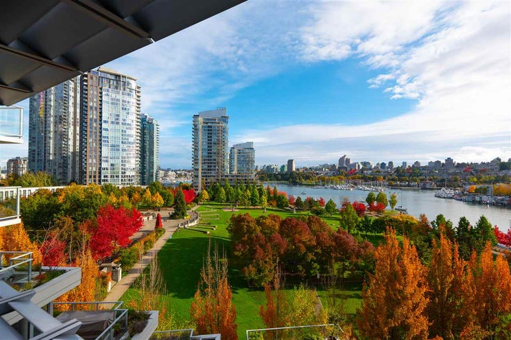 802 638 BEACH CRESCENT - Yaletown Apartment/Condo for sale, 2 Bedrooms (R2511968)