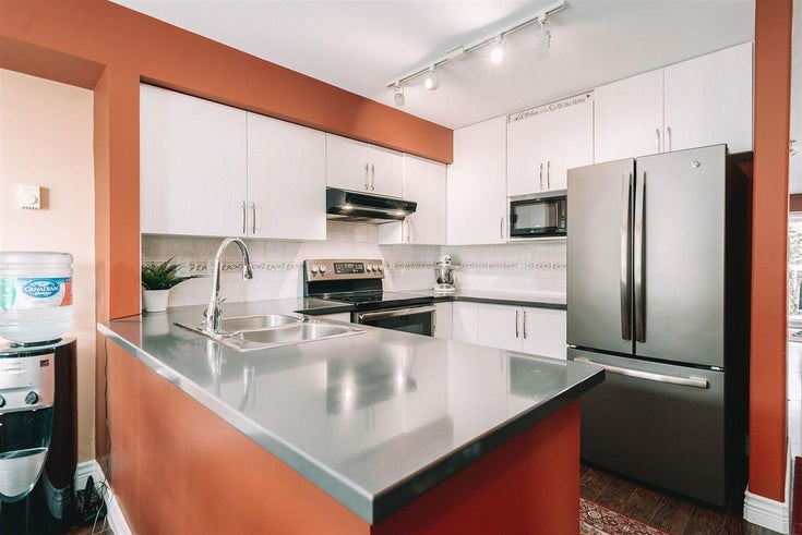21 220 TENTH STREET - Uptown NW Townhouse for sale, 2 Bedrooms (R2512038)