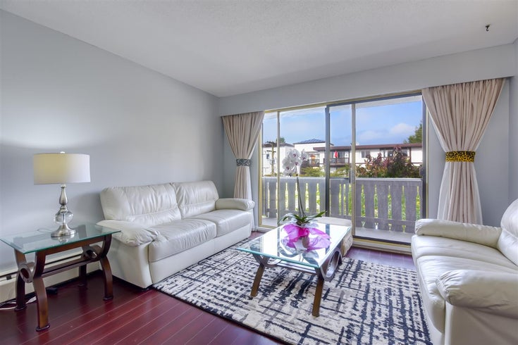 303 1345 CHESTERFIELD AVENUE - Central Lonsdale Apartment/Condo for sale, 1 Bedroom (R2512141)