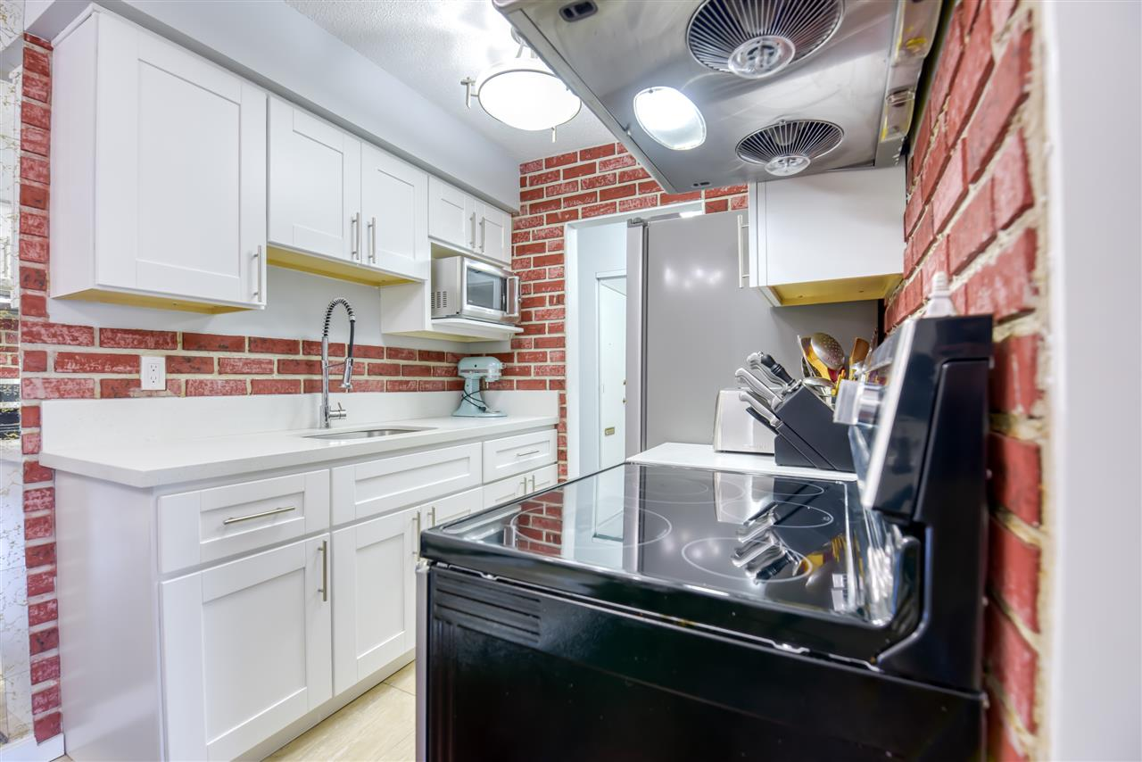 303 1345 CHESTERFIELD AVENUE - Central Lonsdale Apartment/Condo for sale, 1 Bedroom (R2512141) - #10