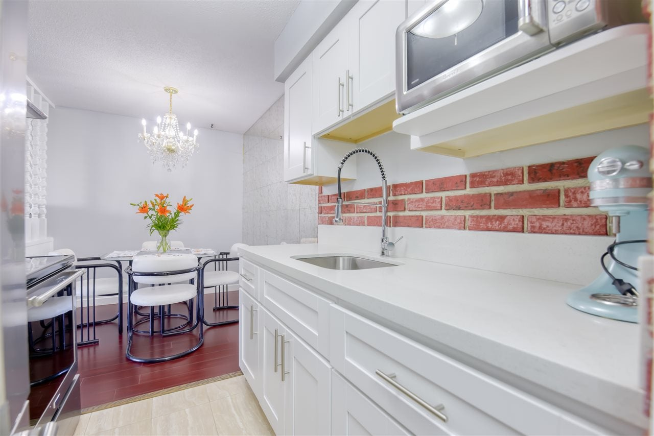 303 1345 CHESTERFIELD AVENUE - Central Lonsdale Apartment/Condo for sale, 1 Bedroom (R2512141) - #11