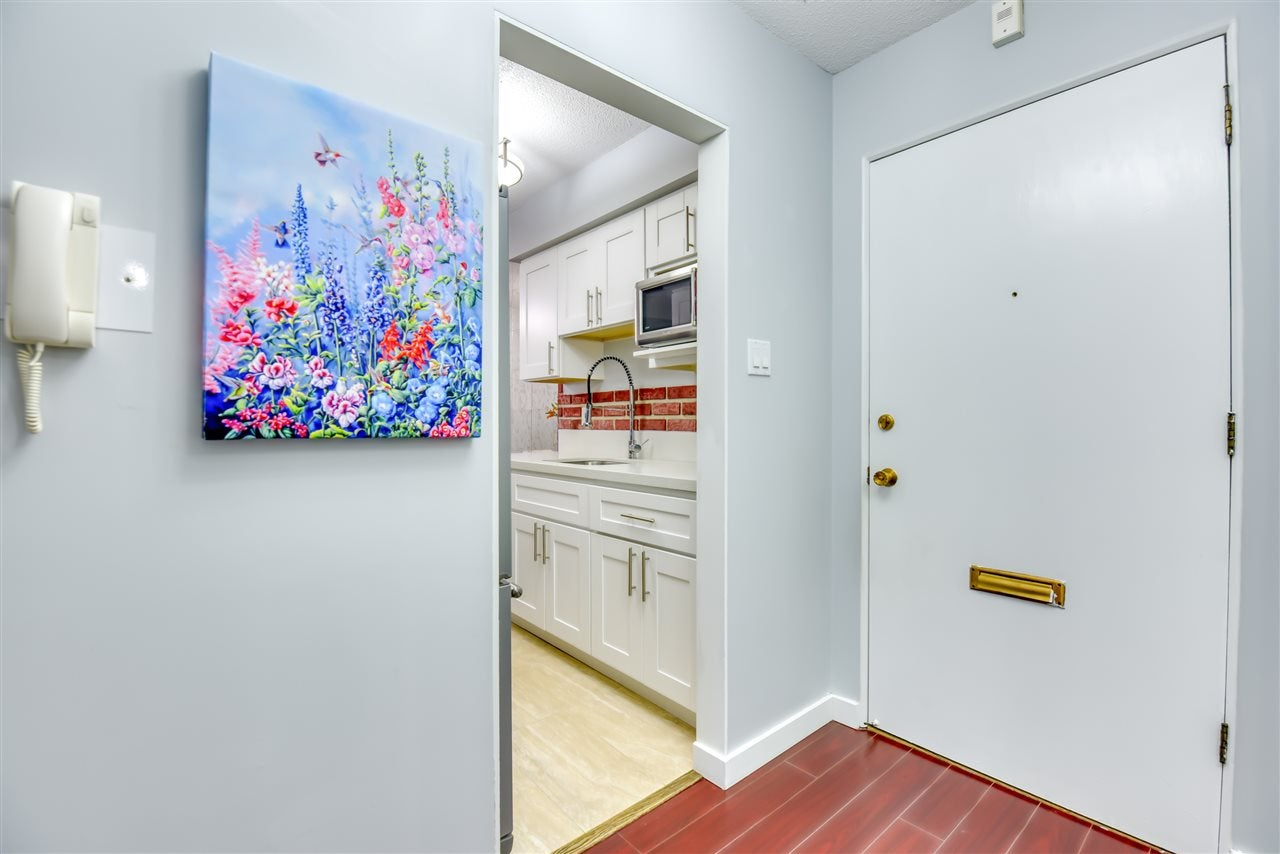 303 1345 CHESTERFIELD AVENUE - Central Lonsdale Apartment/Condo for sale, 1 Bedroom (R2512141) - #13