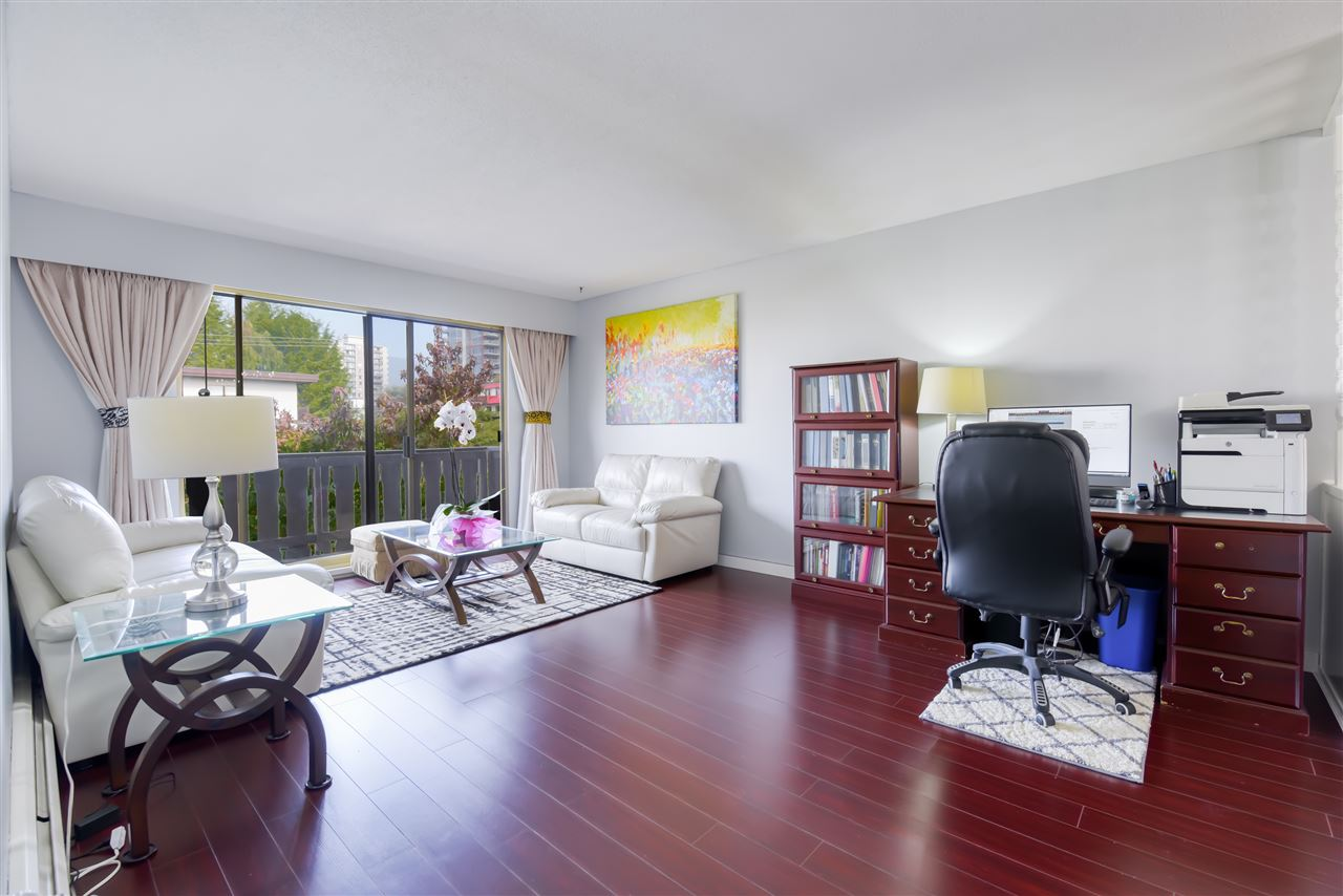 303 1345 CHESTERFIELD AVENUE - Central Lonsdale Apartment/Condo for sale, 1 Bedroom (R2512141) - #2