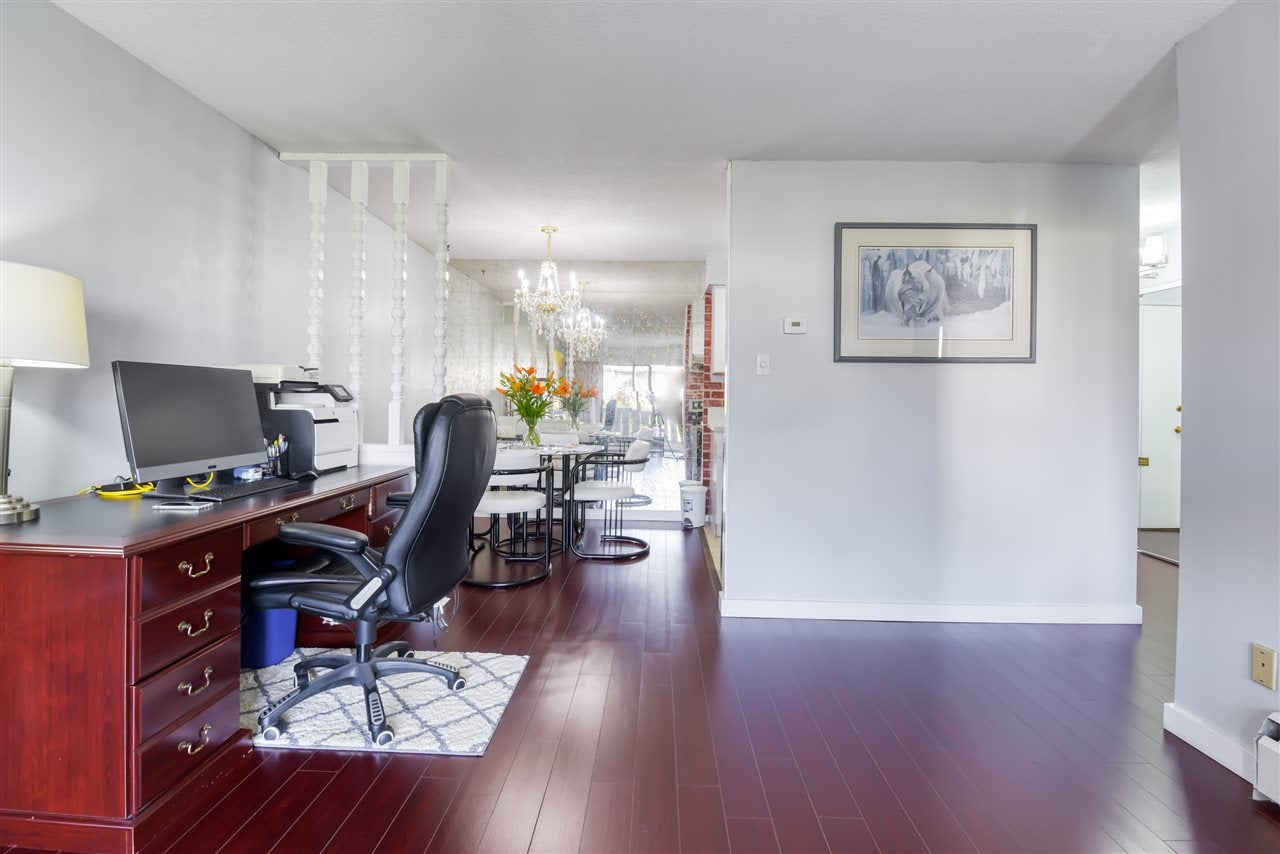 303 1345 CHESTERFIELD AVENUE - Central Lonsdale Apartment/Condo for sale, 1 Bedroom (R2512141) - #3
