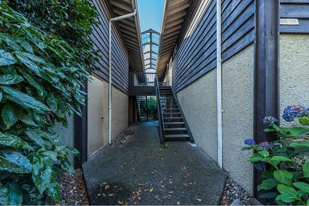 1208 555 W 28TH STREET - Upper Lonsdale Apartment/Condo for sale, 2 Bedrooms (R2512182) - #19