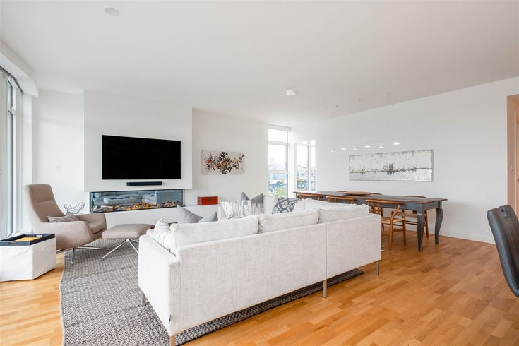 602 1555 W 8TH AVENUE - Fairview VW Apartment/Condo for sale, 3 Bedrooms (R2512636)