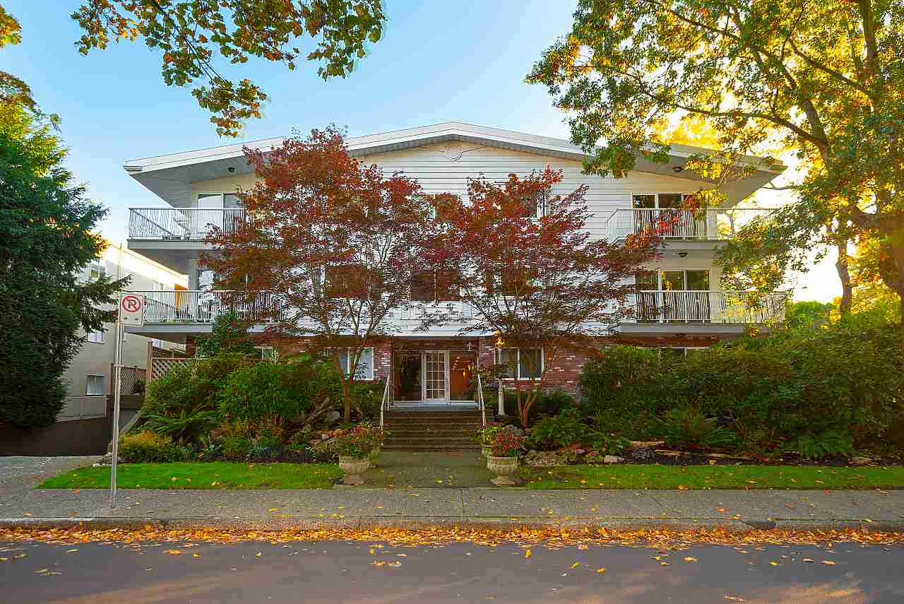 203 1696 W 10TH AVENUE - Fairview VW Apartment/Condo for sale, 2 Bedrooms (R2512811) - #1