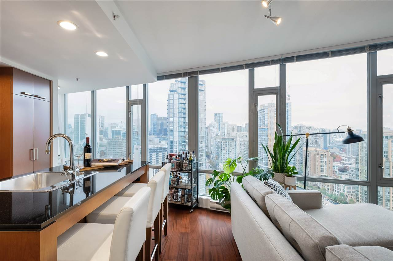 2501 1255 SEYMOUR STREET - Downtown VW Apartment/Condo for sale, 2 Bedrooms (R2513386) - #1