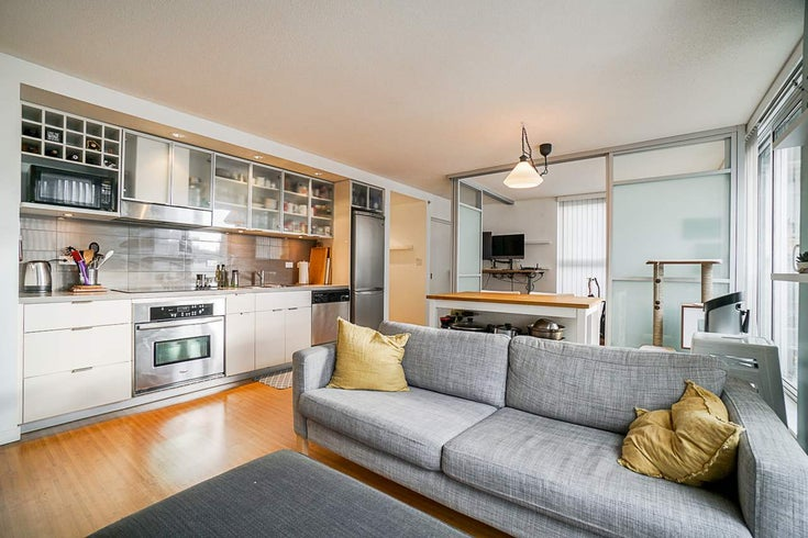 715 168 POWELL STREET - Downtown VE Apartment/Condo for sale, 1 Bedroom (R2513498)
