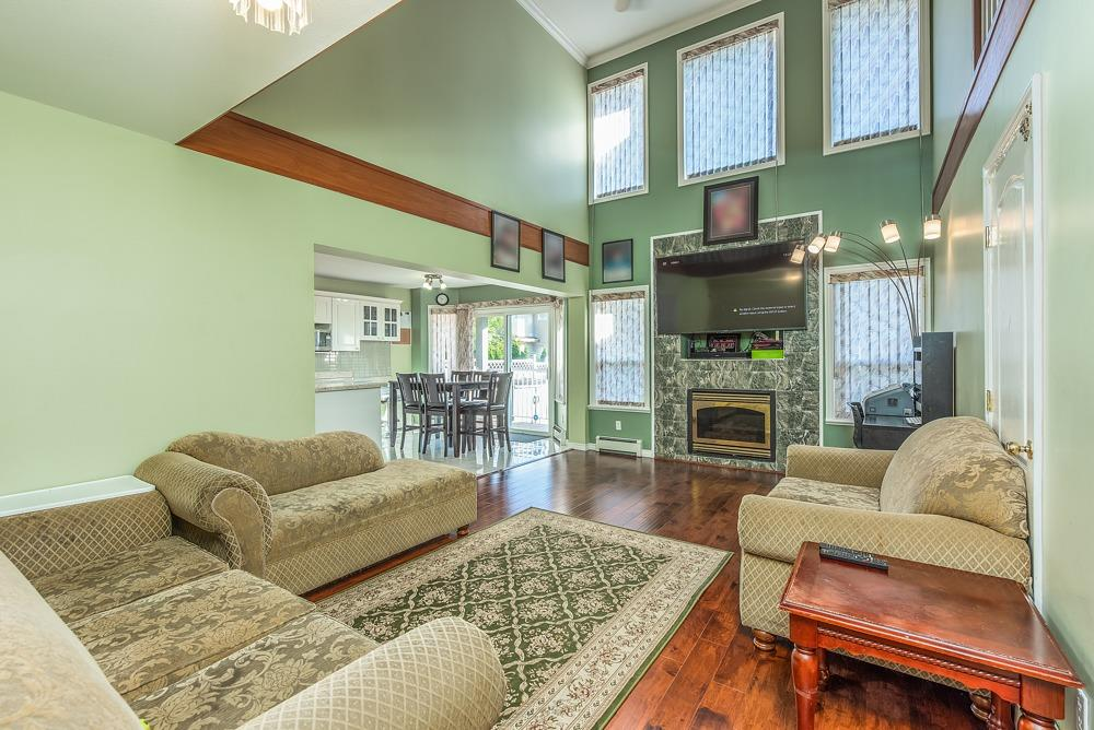 8338 156 STREET - Fleetwood Tynehead House/Single Family for sale, 6 Bedrooms (R2513891) - #9