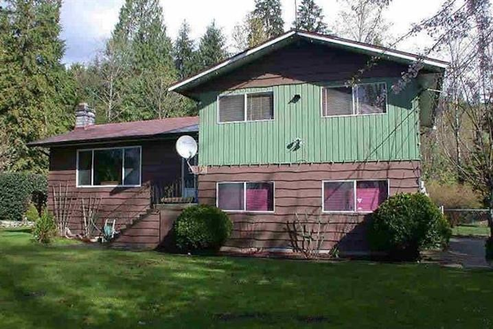 4265 CEDAR DRIVE - Burke Mountain House with Acreage for sale, 4 Bedrooms (R2514944)