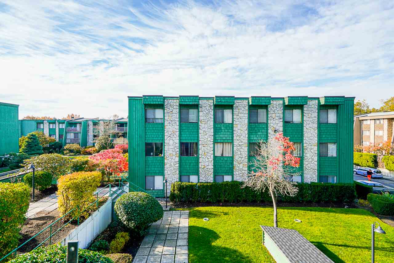 207 3901 CARRIGAN COURT - Government Road Apartment/Condo for sale, 2 Bedrooms (R2515286) - #1
