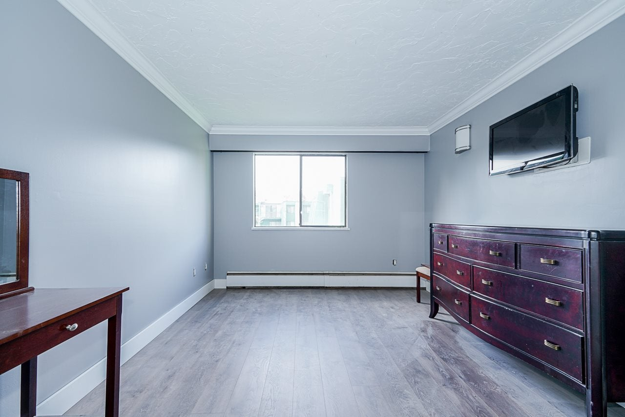 207 3901 CARRIGAN COURT - Government Road Apartment/Condo for sale, 2 Bedrooms (R2515286) - #13