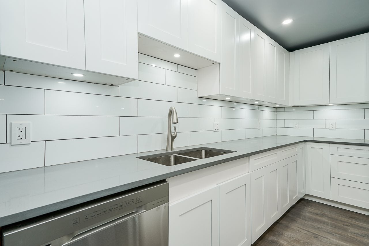 207 3901 CARRIGAN COURT - Government Road Apartment/Condo for sale, 2 Bedrooms (R2515286) - #4