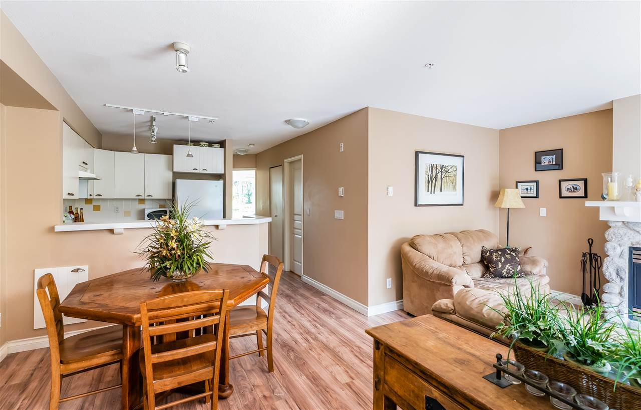 7 1015 LYNN VALLEY ROAD - Lynn Valley Townhouse for sale, 2 Bedrooms (R2515401) - #4