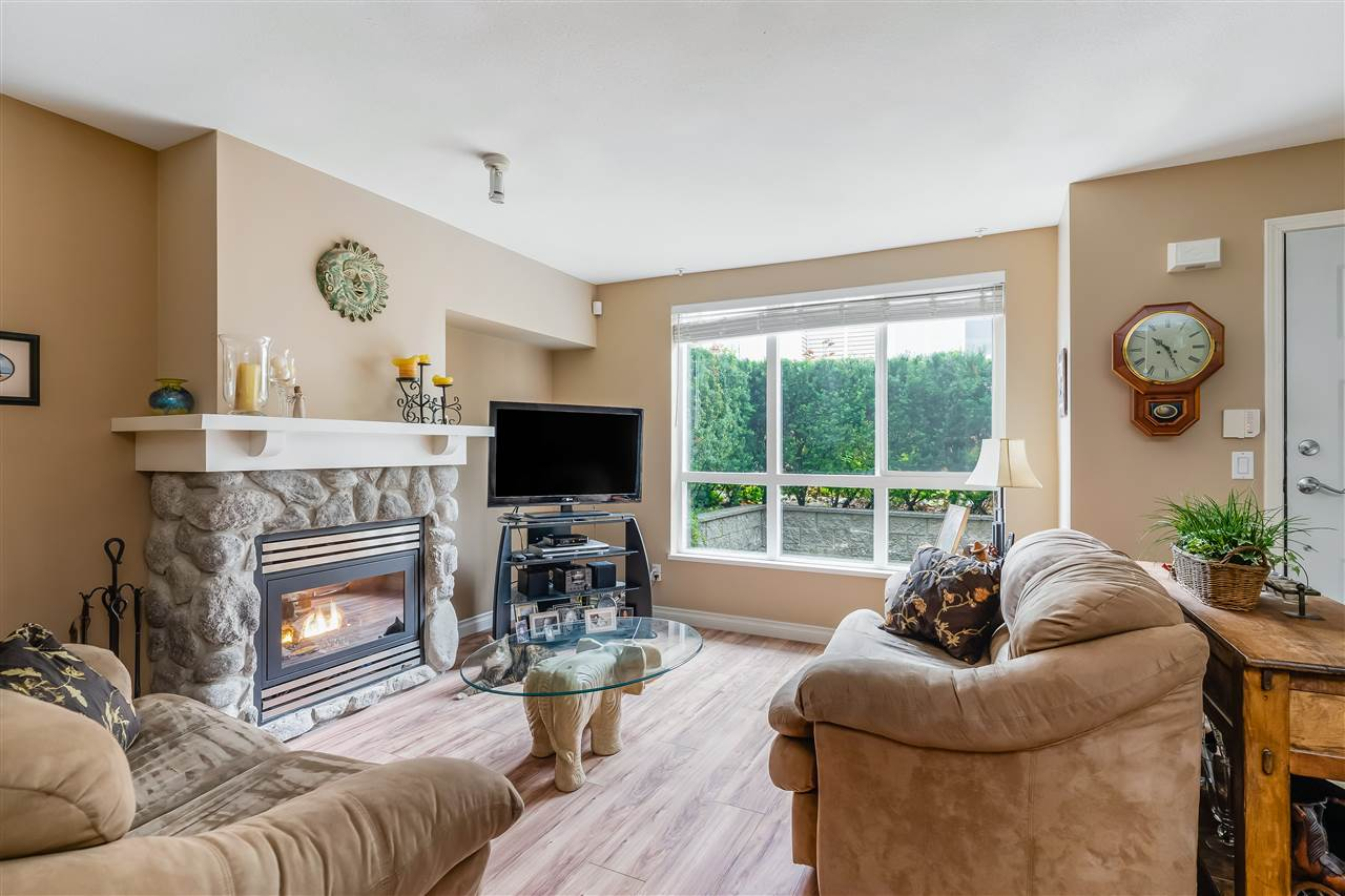 7 1015 LYNN VALLEY ROAD - Lynn Valley Townhouse for sale, 2 Bedrooms (R2515401) - #7