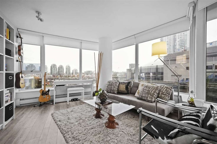 705 689 ABBOTT STREET - Downtown VW Apartment/Condo for sale, 2 Bedrooms (R2515650)