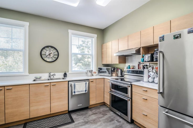 82 19572 FRASER WAY - South Meadows Townhouse for sale, 2 Bedrooms (R2516300)