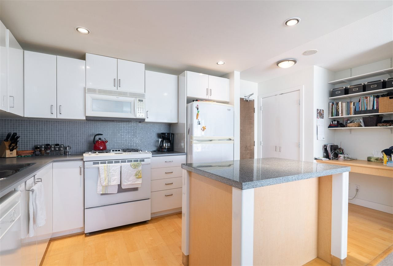 1409 155 W 1ST STREET - Lower Lonsdale Apartment/Condo for sale, 2 Bedrooms (R2516481) - #13