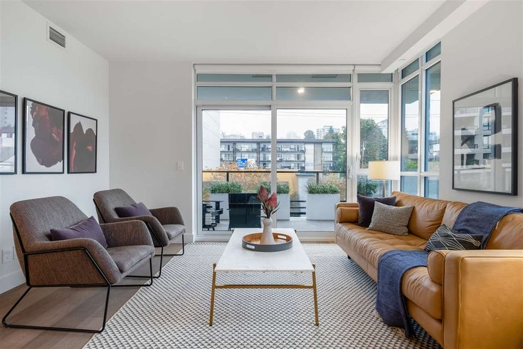 303 177 W 3RD STREET - Lower Lonsdale Apartment/Condo for sale, 2 Bedrooms (R2516741)