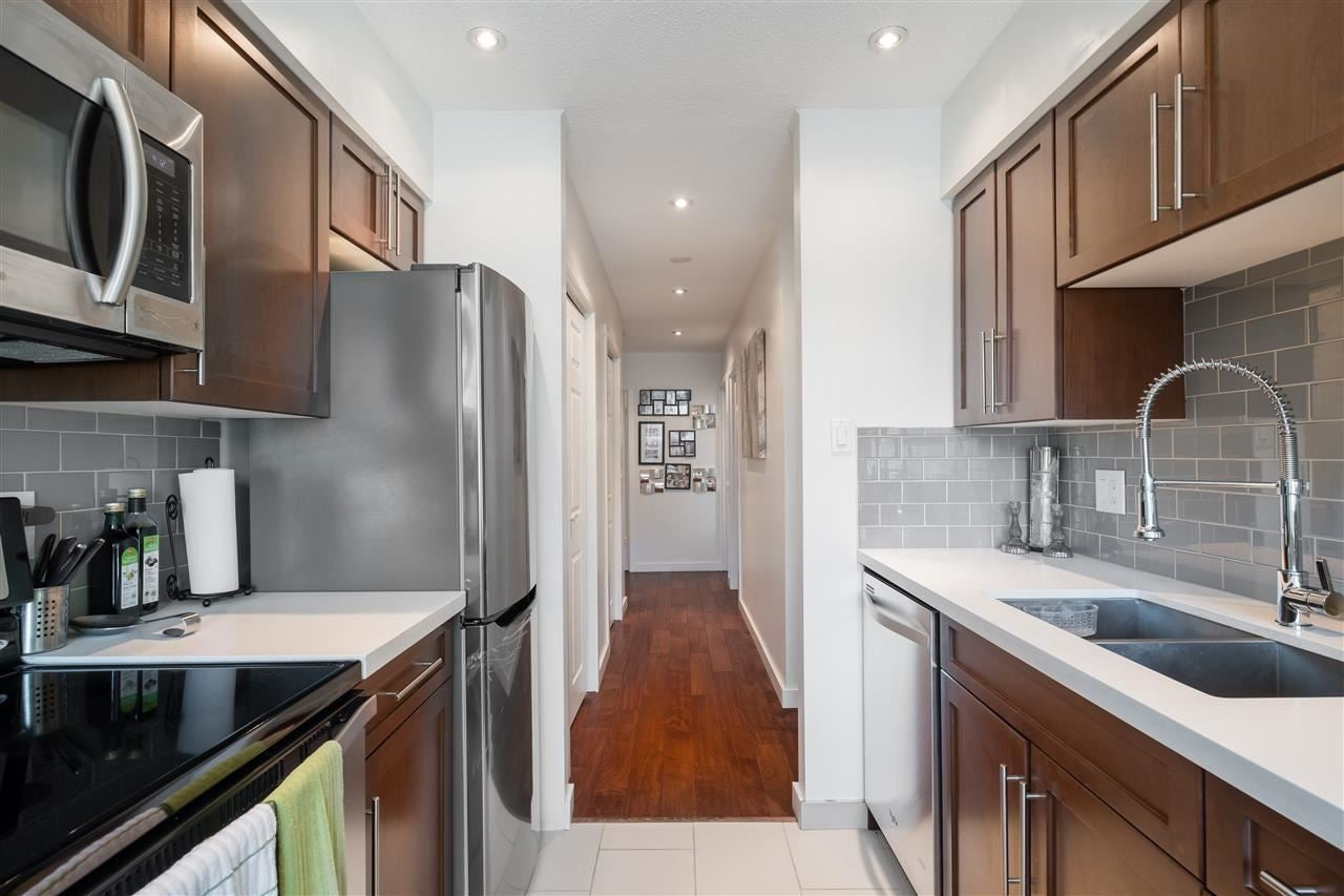 204 157 E 21ST STREET - Central Lonsdale Apartment/Condo for sale, 2 Bedrooms (R2517181) - #10