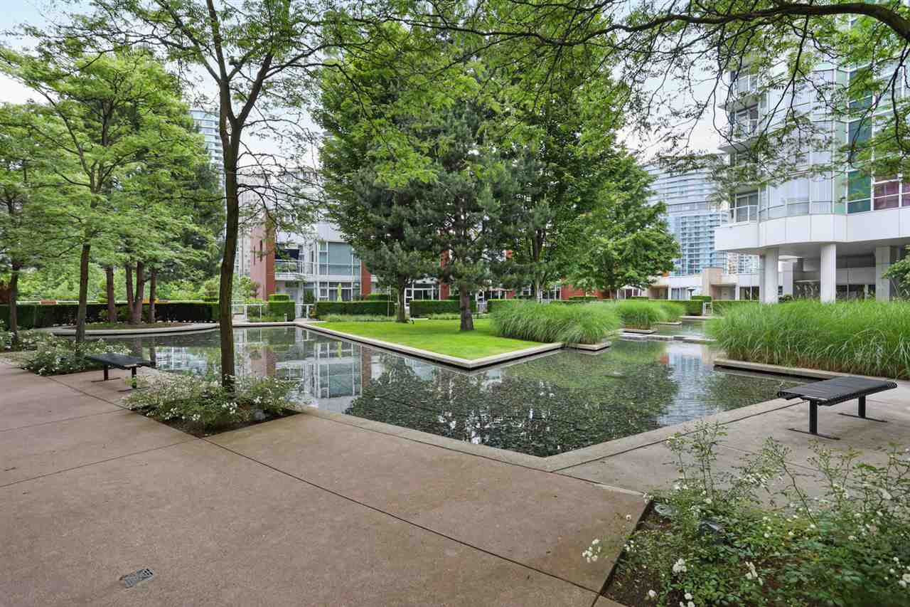 1003 1099 MARINASIDE CRESCENT - Yaletown Apartment/Condo for sale, 2 Bedrooms (R2517201) - #14