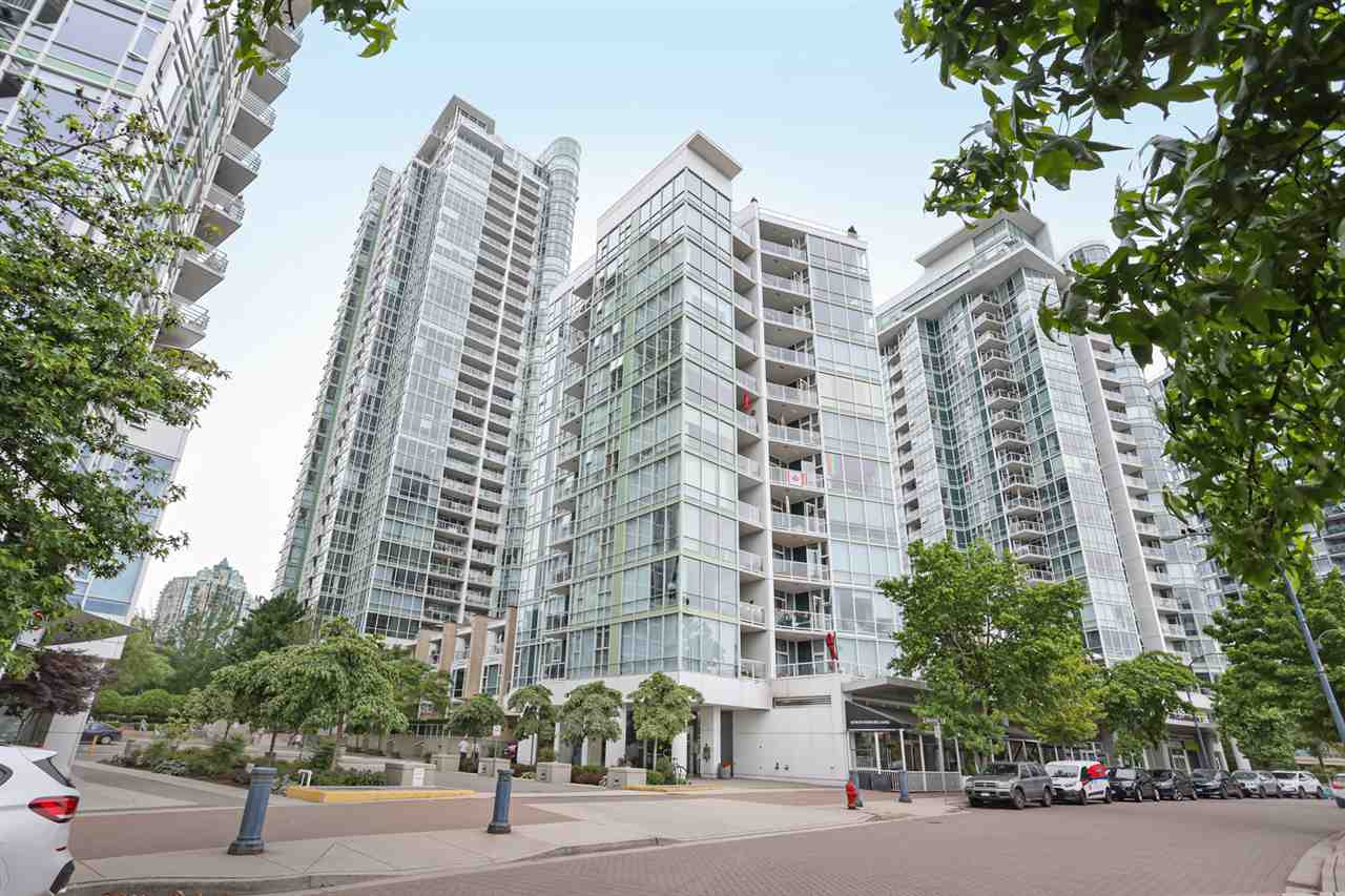 1003 1099 MARINASIDE CRESCENT - Yaletown Apartment/Condo for sale, 2 Bedrooms (R2517201) - #17