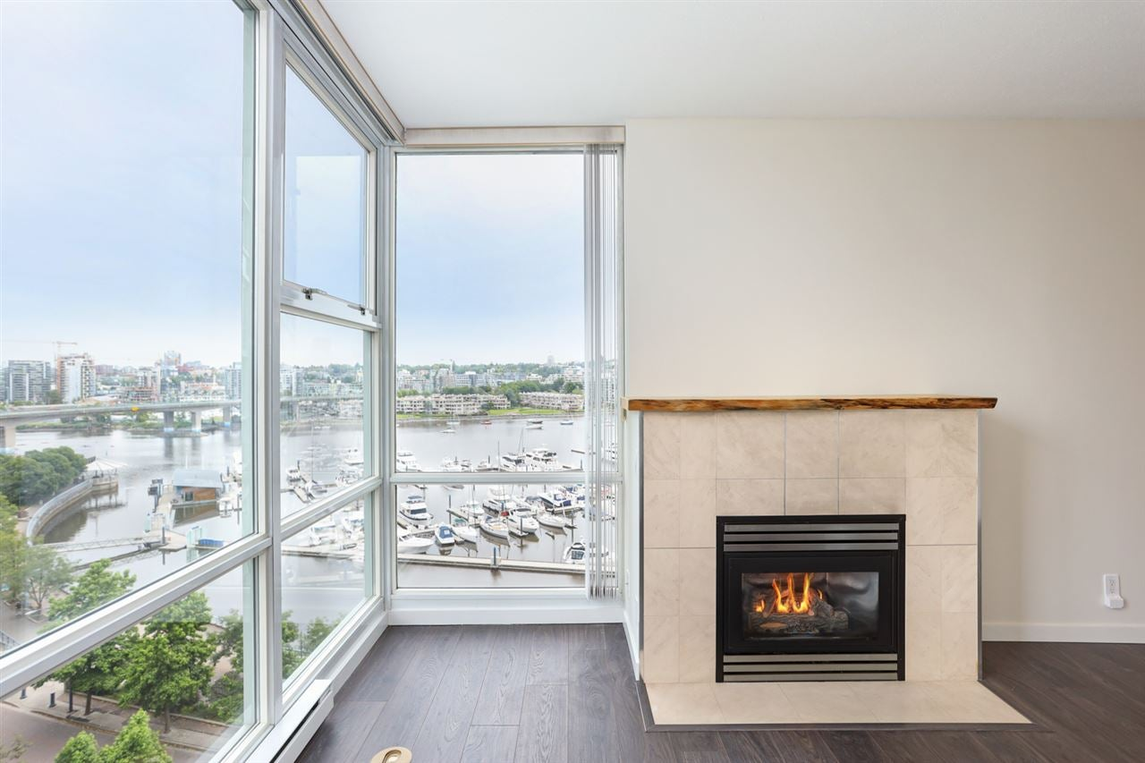 1003 1099 MARINASIDE CRESCENT - Yaletown Apartment/Condo for sale, 2 Bedrooms (R2517201) - #2