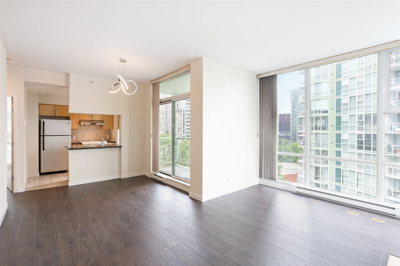 1003 1099 MARINASIDE CRESCENT - Yaletown Apartment/Condo for sale, 2 Bedrooms (R2517201) - #5