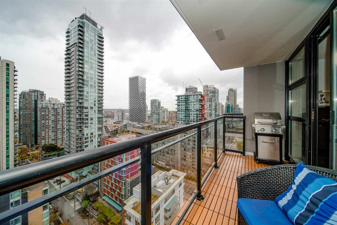 2207 1295 RICHARDS STREET - Downtown VW Apartment/Condo for sale, 1 Bedroom (R2517237) - #2