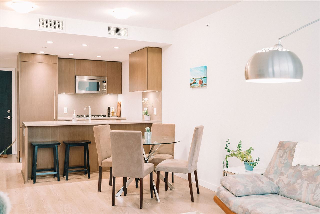 1305 112 E 13TH STREET - Central Lonsdale Apartment/Condo for sale, 1 Bedroom (R2517607)