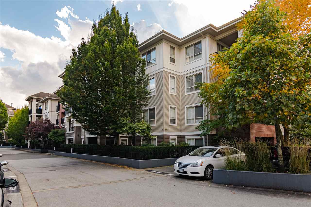 C210 8929 202 STREET - Walnut Grove Apartment/Condo for sale, 1 Bedroom (R2517699) - #2