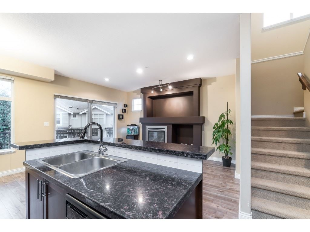 88 20449 66 AVENUE - Willoughby Heights Townhouse for sale, 3 Bedrooms (R2517975) - #16