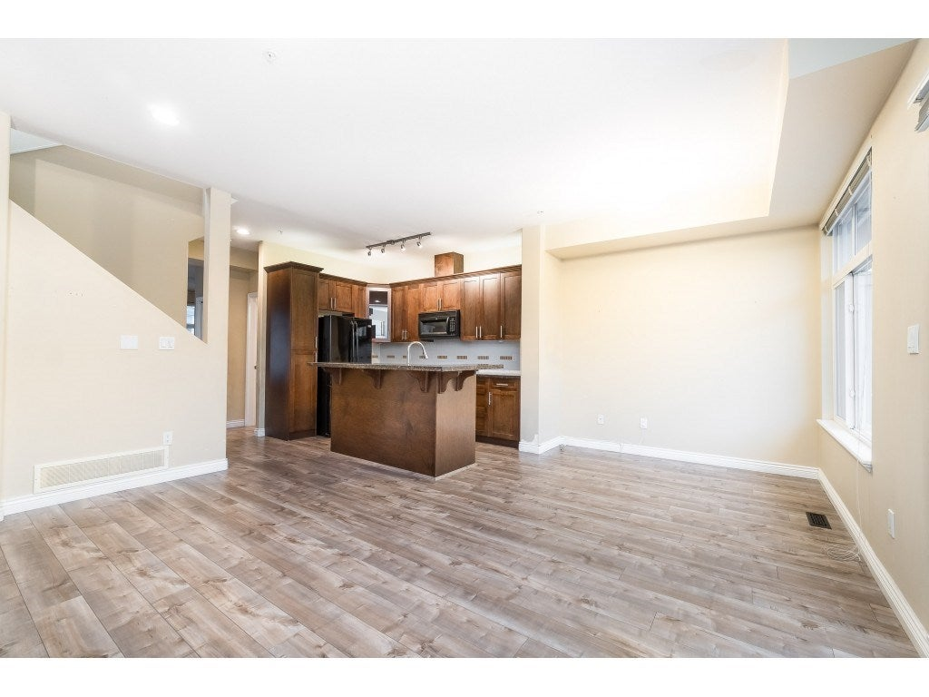 88 20449 66 AVENUE - Willoughby Heights Townhouse for sale, 3 Bedrooms (R2517975) - #20